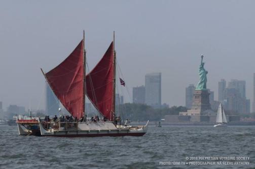hokulea-statue-of-liberty